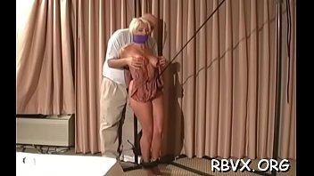 Интенсивно отпихтерил зрелую проститутку