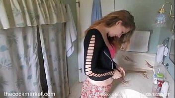 Интим на камеру молодчика со своей жирной темноволосой подружкой