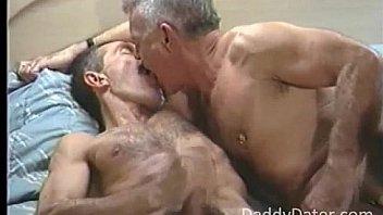 Групповой русский секс с двумя красавицами